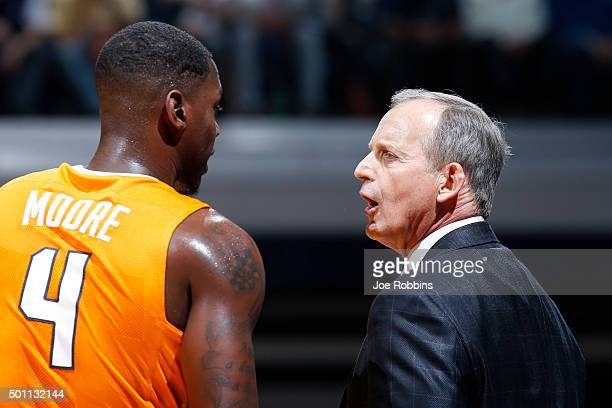 Head coach Rick Barnes of the Tennessee Volunteers talks to Armani Moore in the first half of the game against the Butler Bulldogs at Hinkle...