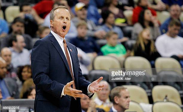 Head coach Rick Barnes of the Texas Longhorns reacts in the second half against the Butler Bulldogs during the second round of the 2015 NCAA Men's...
