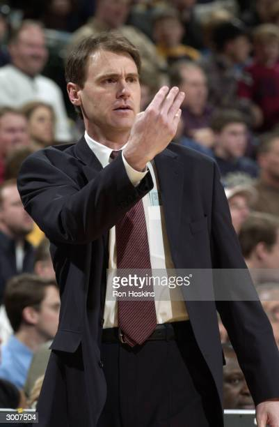 Head coach Rick Carlisle of the Indiana Pacers calls a play during the game against the New Orleans Hornets at Conseco Fieldhouse on February 17,...
