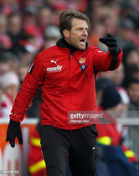 Head coach Rico Schmitt of Aue reacts during the Second Bundesliga match between FC Energie Cottbus and Erzgebirge Aue at Stadion der Freundschaft on...