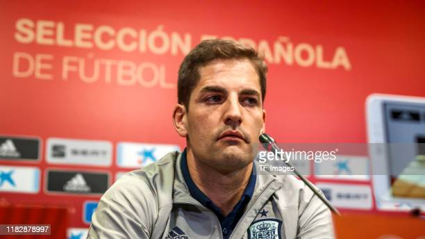 Head coach Robert Moreno of Spain looks on during the training session of Spain on November 14 2019 in Cadiz Spain