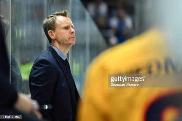 Head coach Robert Ohlsson of Djurgarden Stockholm looks on during the Champions Hockey League quarter finals second leg match between EHC Red Bull...