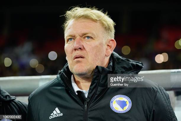 Head coach Robert Prosinecki of Bosnia-Herzegovina during the UEFA Nations League game between Austria and Bosnia-Herzegovina at the Ernst Happel...