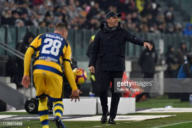 Head coach Roberto D'Aversa of Parma issues instructions to his players during the Serie A match between Juventus and Parma Calcio at Allianz Stadium...