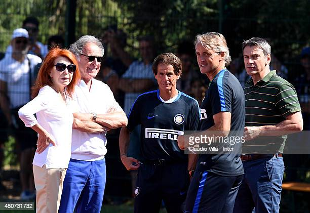 Head coach Roberto Mancini and Bedy Moratti attend the FC Internazionale training session at Riscone di Brunico on July 15 2015 in Bruneck Italy