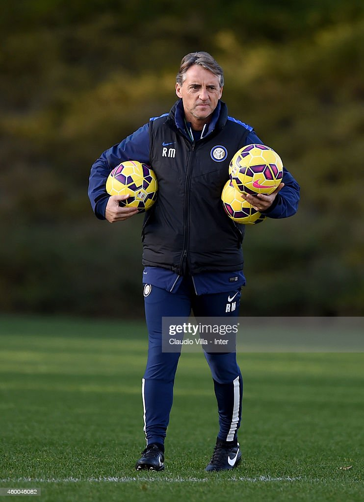 Head coach Roberto Mancini during FC Internazionale Training Session at Appiano Gentile on December 06, 2014 in Como, Italy.