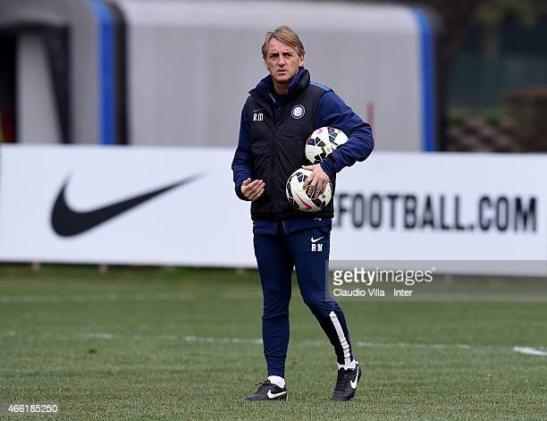 Head coach Roberto Mancini during FC Internazionale training session at the club's training ground at Appiano Gentile on March 14 2015 in Como Italy