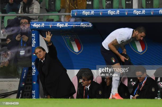 Head coach Roberto Mancini of Italy greets supporters during the UEFA Euro 2020 Qualifier between Italy and Armenia on November 18 2019 in Palermo...