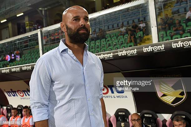 Head coach Roberto Stellone of Bari looks on during the Coppa Italia Tim Cup match between US Citta' di Palermo and AS Bari at Stadio Renzo Barbera...