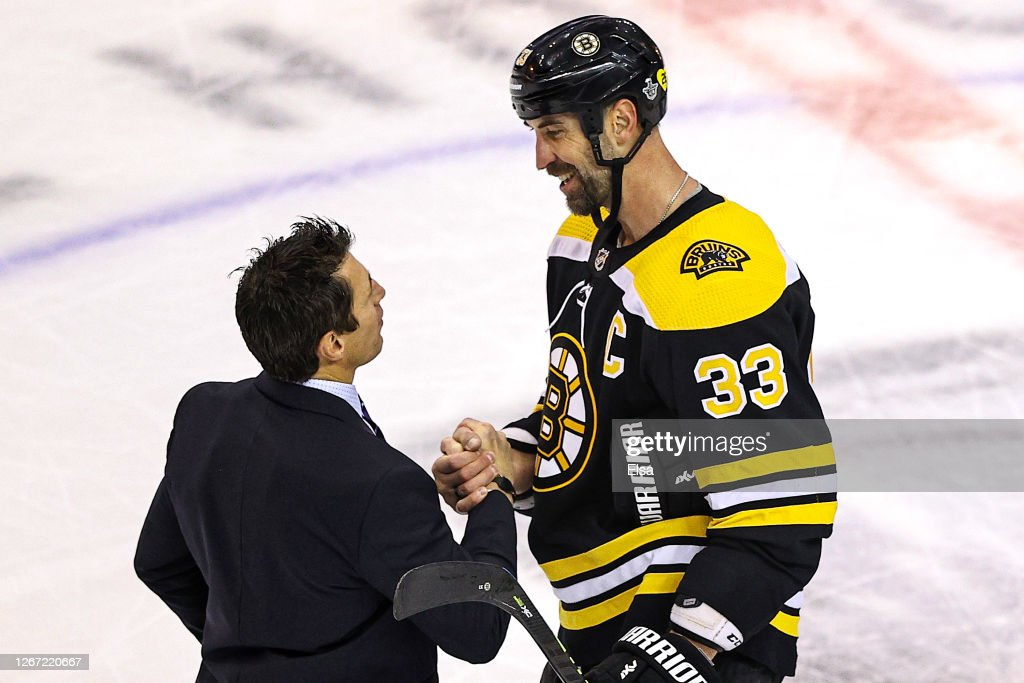 Carolina Hurricanes v Boston Bruins - Game Five : News Photo