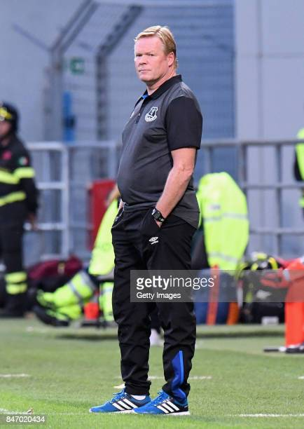Head coach Ronald Koeman of Everton FC looks on during the UEFA Europa League group E match between Atalanta and Everton FC at Stadio Citta del...