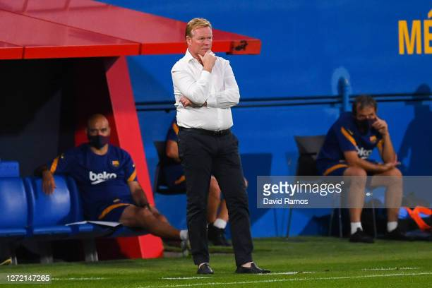 Head coach Ronald Koeman of FC Barcelona looks on during the during the pre-season friendly match between FC Barcelona and Gimnastic de Tarragona at...