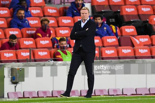 Head coach Ronald Koeman of FC Barcelona looks on during the La Liga Santander match between FC Barcelona and Sevilla FC at Camp Nou on October 04,...