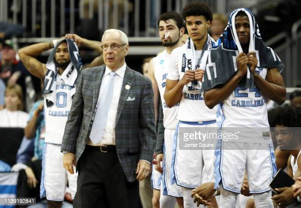 Head coach Roy Williams and the North Carolina Tar Heels bench reacts against the Auburn Tigers during the 2019 NCAA Basketball Tournament Midwest...