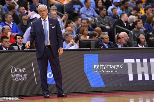 Head coach Roy Williams of the North Carolina Tar Heels instructs his team agains the Washington Huskies in the second round of the 2019 NCAA Men's...