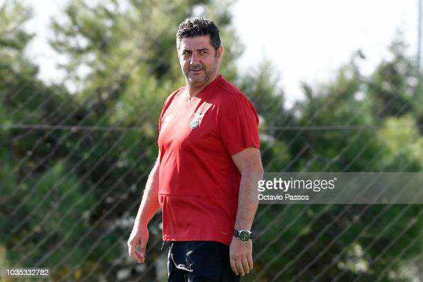Head coach Rui Vitoria during a SL Benfica training session ahead of the Group E match of the UEFA Champions League between SL Benfica and FC Bayern...