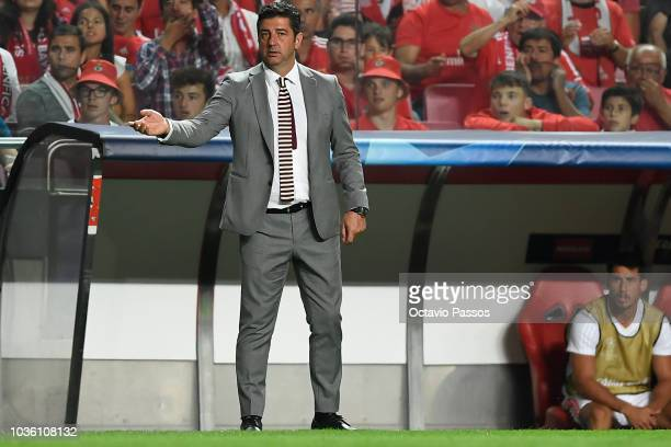 Head coach Rui Vitoria of SL Benfica reacts during the Group E match of the UEFA Champions League between SL Benfica and FC Bayern Muenchen at...