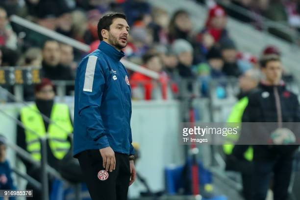 Head coach Sandro Schwarz of Mainz looks on during the Bundesliga match between 1 FSV Mainz 05 and FC Bayern Muenchen at Opel Arena on February 3...