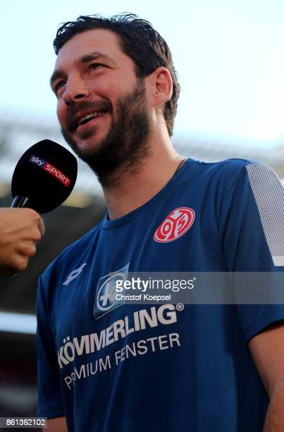 Head coach Sandro Schwarz of Mainz speaks to the media prior to the Bundesliga match between 1 FSV Mainz 05 and Hamburger SV at Opel Arena on October...