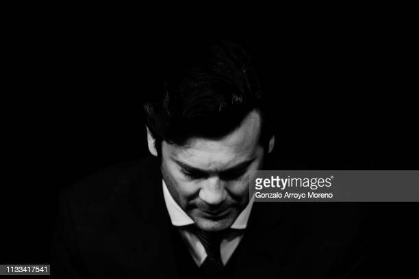 Head coach Santiago Solari of Real Madrid CF sits on the bench prior to start the La Liga match between Real Madrid CF and FC Barcelona at Estadio...