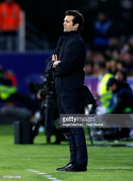Head coach Santiago Solari of Real Madrid looks on during the La Liga match between SD Huesca and Real Madrid CF at Estadio El Alcoraz on December 9...