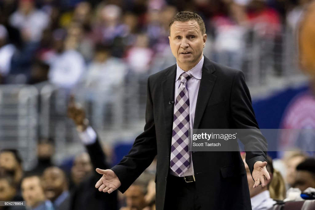 Head coach Scott Brooks of the Washington Wizards reacts against the Philadelphia 76ers during the first half at Capital One Arena on February 25, 2018 in Washington, DC.