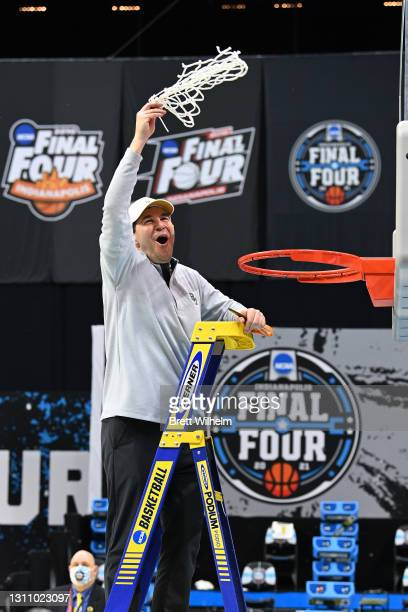 Head coach Scott Drew of the Baylor Bears cuts down the net after his team's win against the Gonzaga Bulldogs in the National Championship game of...