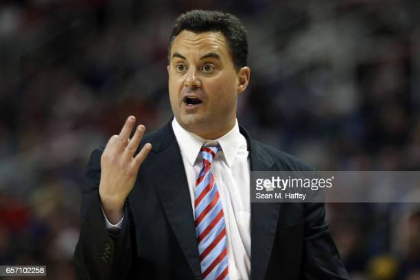 Head coach Sean Miller of the Arizona Wildcats reacts against the Xavier Musketeers during the 2017 NCAA Men's Basketball Tournament West Regional at...
