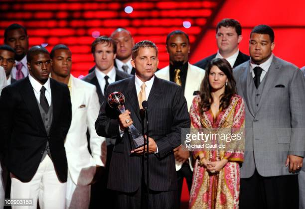 Head coach Sean Payton of the New Orleans Saints onstage with members of the Saints during the 2010 ESPY Awards at Nokia Theatre LA Live on July 14...