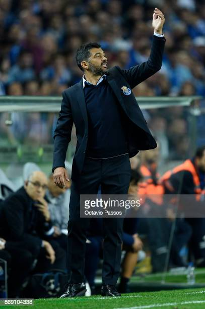 Head coach Sergio Conceicao of FC Porto in action during the UEFA Champions League group G match between FC Porto and RB Leipzig at Estadio do Dragao...