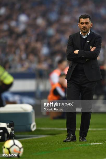 Head coach Sergio Conceicao of FC Porto reacts during the Primeira Liga match between FC Porto and Feirense at Estadio do Dragao on May 6, 2018 in...