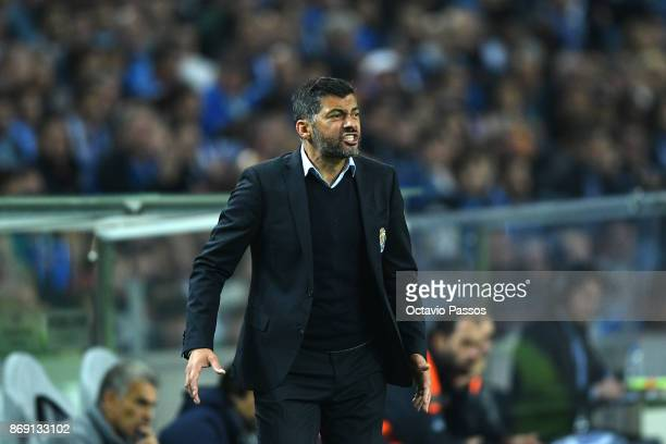 Head coach Sergio Conceicao of FC Porto reacts during the UEFA Champions League group G match between FC Porto and RB Leipzig at Estadio do Dragao on...