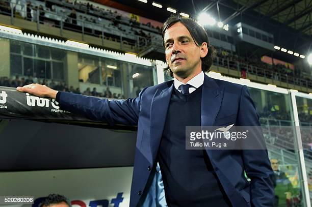 Head coach Simone Inzaghi of Lazio looks on during the Serie A match between US Citta di Palermo and SS Lazio at Stadio Renzo Barbera on April 10...