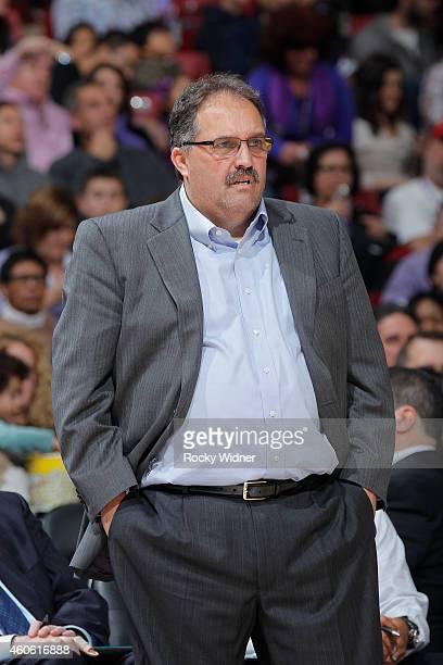 Head coach Stan Van Gundy of the Detroit Pistons coaches against the Sacramento Kings on December 13 2014 at Sleep Train Arena in Sacramento...