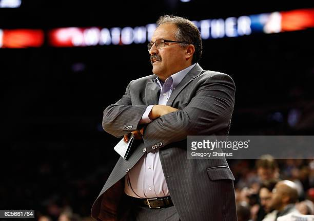 Head coach Stan Van Gundy of the Detroit Pistons looks on from the bench while playing the Houston Rockets at the Palace of Auburn Hills on November...