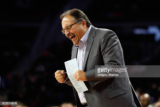 Head coach Stan Van Gundy of the Detroit Pistons reacts on the bench while playing the Houston Rockets at the Palace of Auburn Hills on November 21...