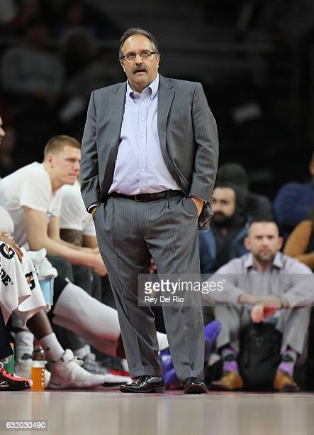 Head coach Stan Van Gundy of the Detroit Pistons watches from the sideline during the game against the Atlanta Hawks at the Palace of Auburn Hills on...