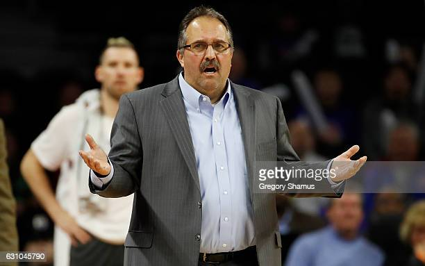 Head coach Stan Van Gundy reacts to a foul call during the second half while playing the Charlotte Hornets at the Palace of Auburn Hills on January 5...