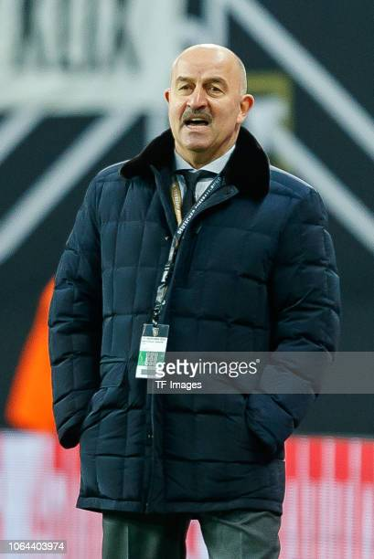 Head coach Stanislav Cherchesov of Russia looks on during the International Friendly match between Germany and Russia at Red Bull Arena on November...
