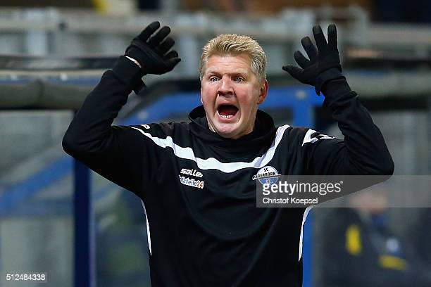 Head coach Stefan Effenberg of Paderborn reacts during the 2 Bundesliga match between SC Paderborn and RB Leipzig at Benteler Arena on February 26...