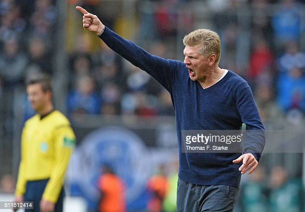 Head coach Stefan Effenberg of Paderborn reacts during the Second Bundesliga match between Arminia Bielefeld and SC Paderborn at Schueco Arena on...