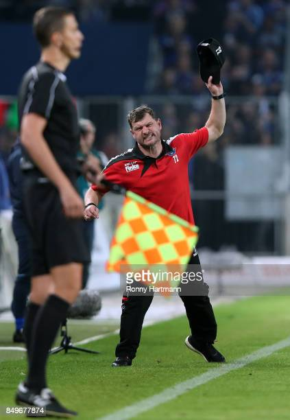Head coach Steffen Baumgart of Paderborn reacts during the 3 Liga match between 1 FC Magdeburg and SC Paderborn 07 at MDCCArena on September 19 2017...