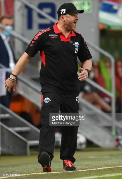 Head coach Steffen Baumgart of Paderborn reacts during the Bundesliga match between FC Augsburg and SC Paderborn 07 at WWKArena on May 27 2020 in...