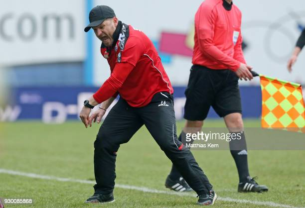 Head coach Steffen Baumgart of Paderborn shows his delight after winning the 3Liga match between FC Hansa Rostock and SC Paderborn 07 at...
