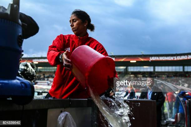 Head Coach Steffi Jones of Germany removes the water prior to the UEFA Women's Euro 2017 Quarter Final match between Germany and Denmark at Sparta...