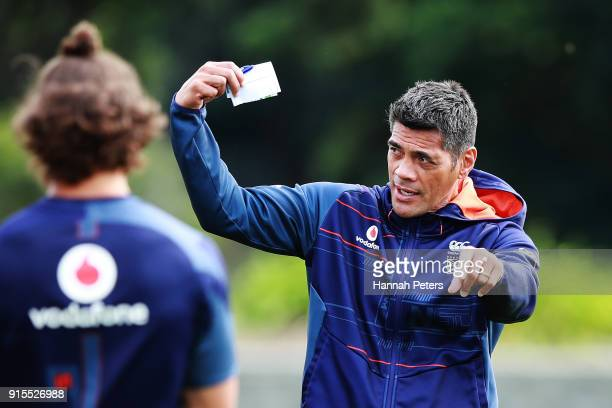 Head coach Stephen Kearney of the Warriors looks on during a New Zealand Warriors NRL training session at Mt Smart Stadium on February 8 2018 in...