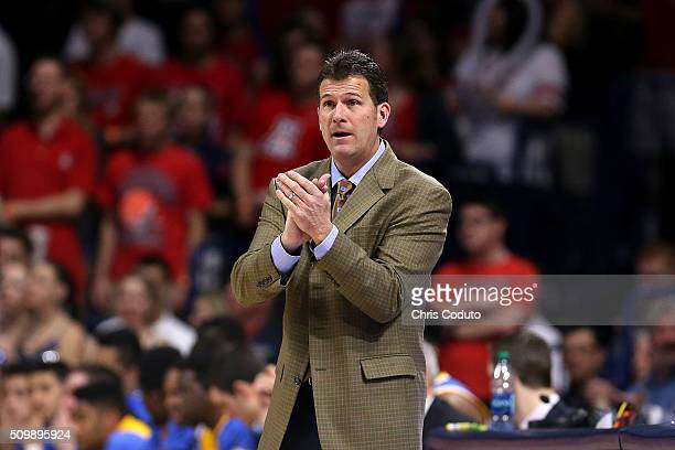 Head coach Steve Alford of the UCLA Bruins gestures during the second half of the college basketball game at McKale Center on February 12 2016 in...