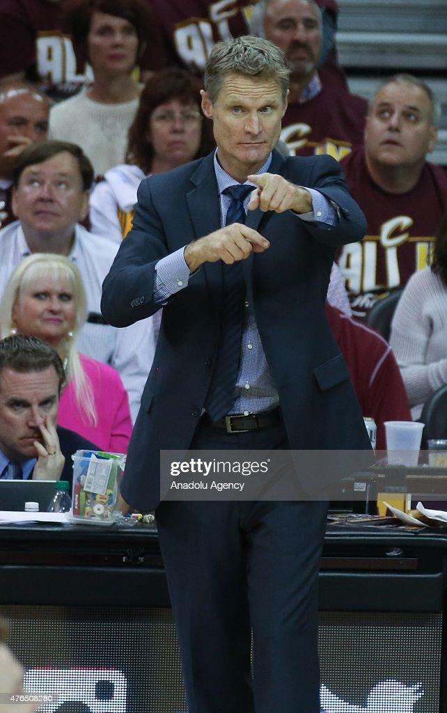 Golden State Warriors - Cleveland Cavaliers - 2015 NBA Finals : News Photo