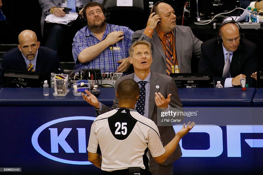 Head coach Steve Kerr of the Golden State Warriors argues with referee Tony Brothers #25 in the second quarter against the Oklahoma City Thunder in game three of the Western Conference Finals during the 2016 NBA Playoffs at Chesapeake Energy Arena on May 22, 2016 in Oklahoma City, Oklahoma.