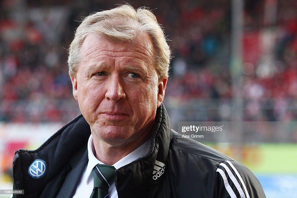 FSV Mainz 05 v VfL Wolfsburg - Bundesliga : News Photo